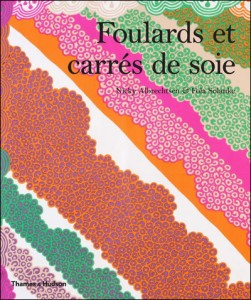 livre_Foulards_et_carrés_de_soie_Nicky_Albrechten_Fola_Solanke